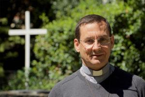Père Paolo Araujo